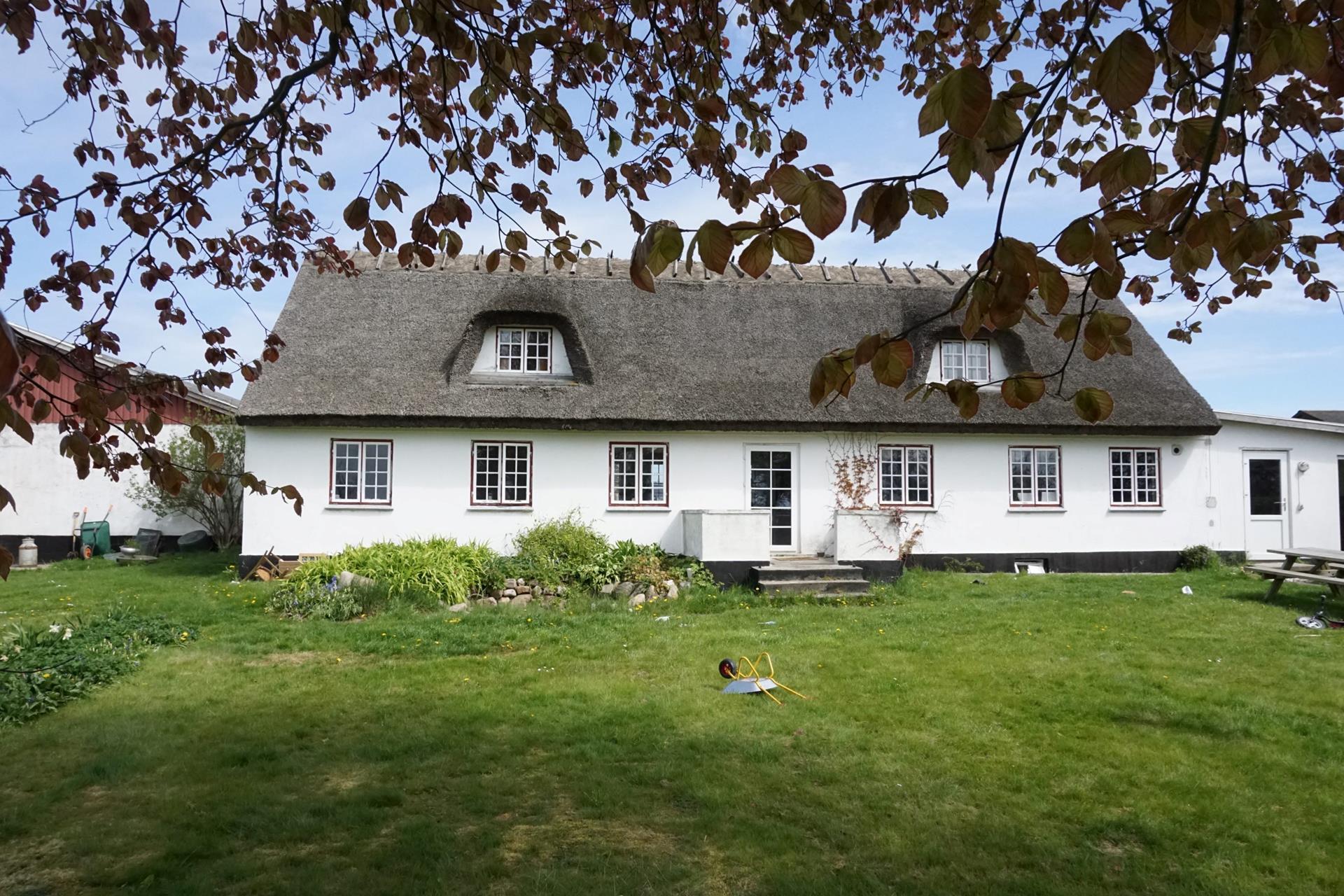 Kvæggård på Søndervangsvej i Sjællands Odde - Stuehuset set fra havesiden