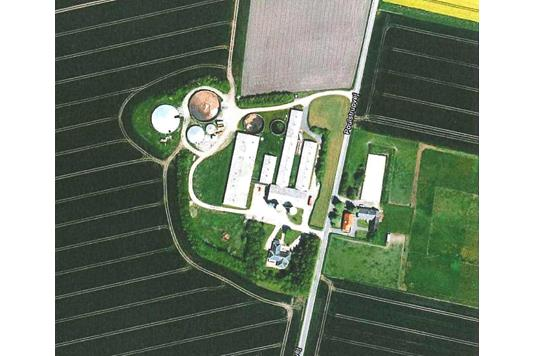 Svinegård på Poulstrupvej i Svenstrup J - Luftfoto