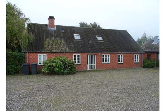 Planteavlsgård på Møgelholtvej i Hadsund - Andet