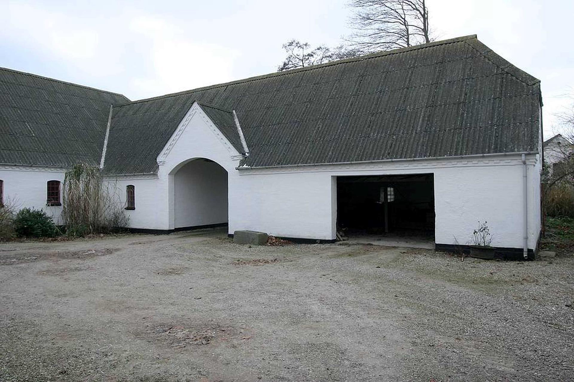 Kvæggård på Karendalsvej i Haarby - Garage