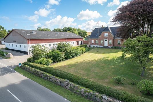 Planteavlsgård på Høve Bygade i Asnæs - Andet